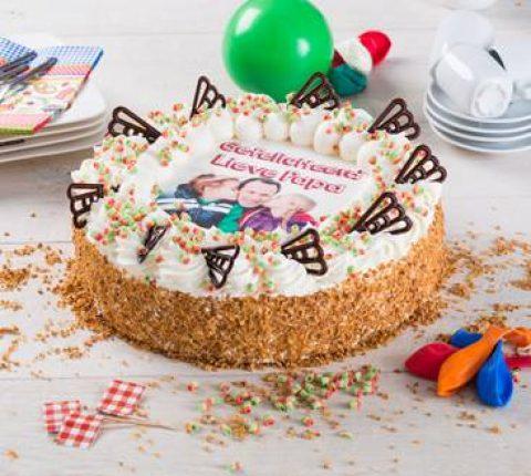 Verjaardagslagroomtaart Rond